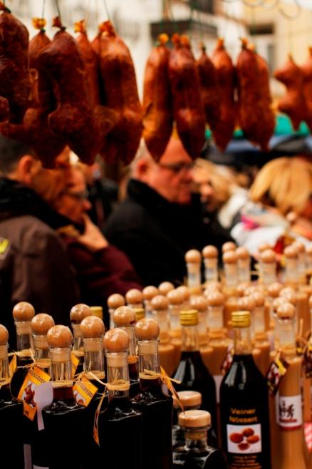 201310 Vianden nut market 473